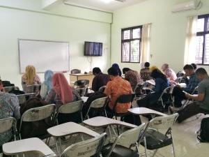 Mahasiswa PPG Serius Melaksanakan UAS