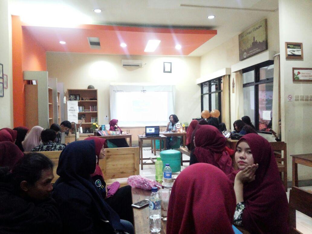 MAHASISWA SASTRA INDONESIA LUNCURKAN 10 BUKU SEKALIGUS