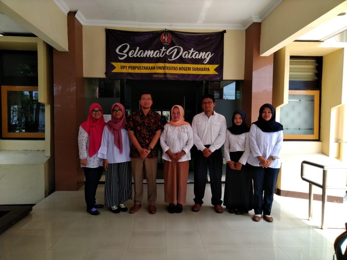KPL Mahasiswa S1 Ilmu Perpustakaan di UPT Perpustakaan Universitas Negeri Surabaya